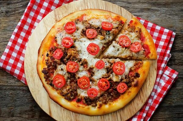 kiymali-pizza